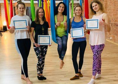 #3 CamiYoga oro jogos Level 2-3 mokytojų kursai aerial yoga teacher training