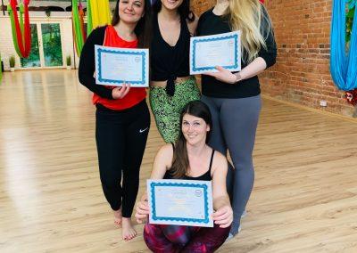 #4 CamiYoga oro jogos Level 2-3 mokytojų lkursai aerial yoga teacher training