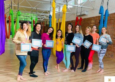 #8 CamiYoga oro jogos Level 1-2 mokytojų lkursai aerial yoga
